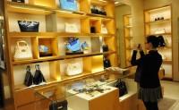奢侈品业开启线上直播+闪送新模式