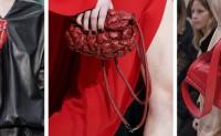 Valentino呈现了不少新手袋