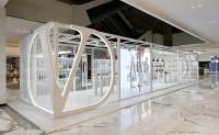 Valentino Garavani SuperVee 限时概念店在北京 SKP 开幕