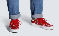 迪斯尼与阿迪达斯联名为高飞推出合作运动鞋