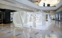 Valentino 在罗湖万象城中庭开设限时概念店