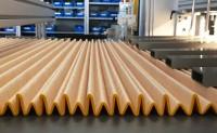 空气过滤器材料制成褶皱座椅探索织物全新用途