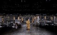 Kim Jones 在 FENDI 的首个成衣系列