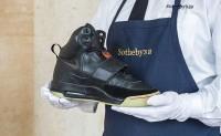 """""""侃爷""""的第一双 Nike Air Yeezy 运动鞋将被拍卖"""