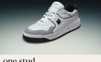 Valentino 推出全新 One Stud 运动鞋