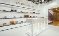 意大利潮鞋品牌 Golden Goose 在米兰开设全新概念店